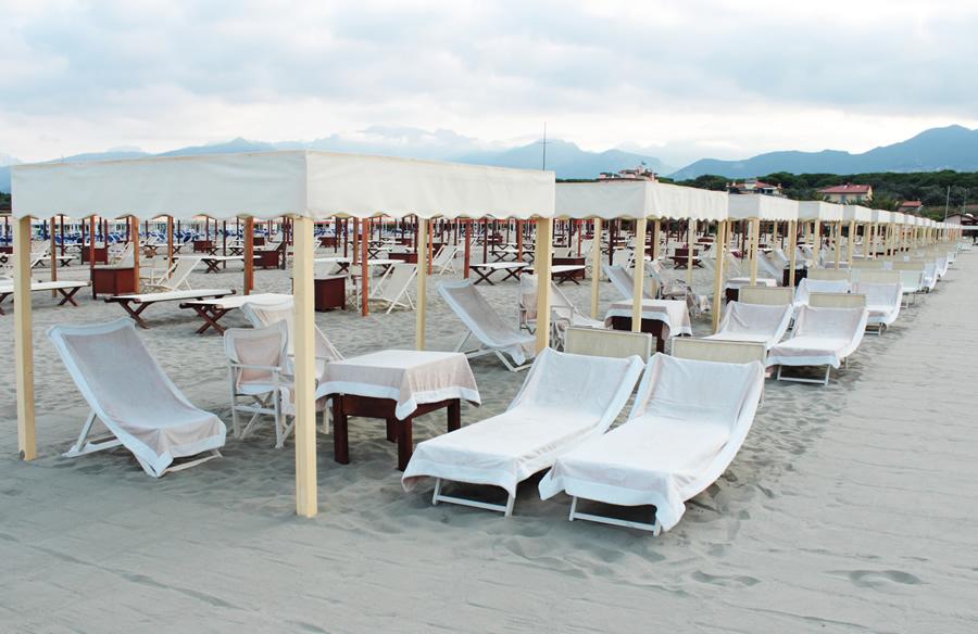 Hotel la pigna marina di pietrasanta versilia tre stelle - Bagno roma marina di pietrasanta ...